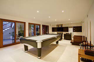 Professional pool table movers in Dayton