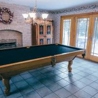 9-Foot Pool Table with Accessories